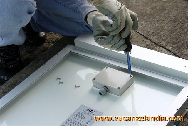 Installazione Scaldabagno Fai Da Te : Installazione modulo fotovoltaico camper fai da te