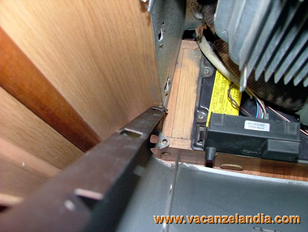manutenzioni pulizia stufa camper trumatic s3002 2. Black Bedroom Furniture Sets. Home Design Ideas