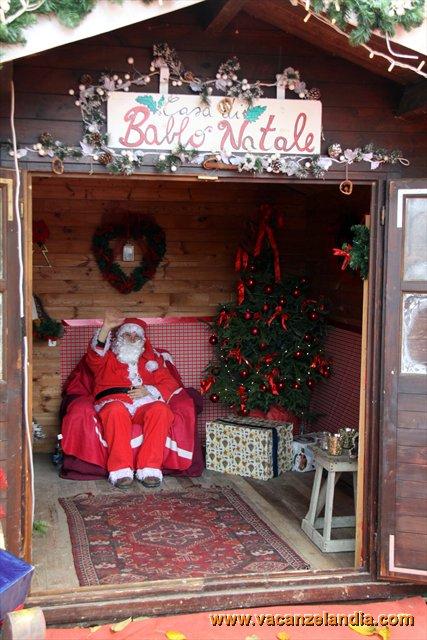 Casa Di Babbo Natale Candela.Vacanzelandia Vacanzelandia