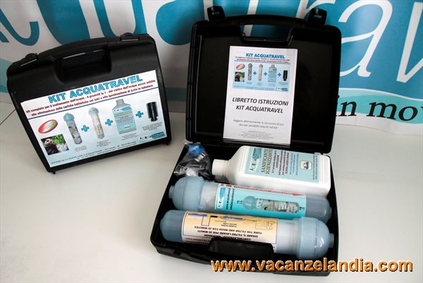 acquatravel_kit_valigia_01