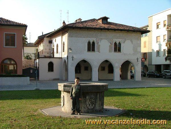 Itinerari diari di viaggio friuli venezia giulia for Piazza del friuli